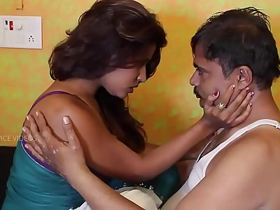 Hot Indian short films-  Student mother satisfying principal for passing her daughter.mp4