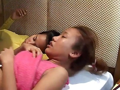 Saori 18 & Saya 19 No like cum on face!